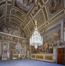 Sala di Bona, Galleria Palatina di Palazzo Pitti