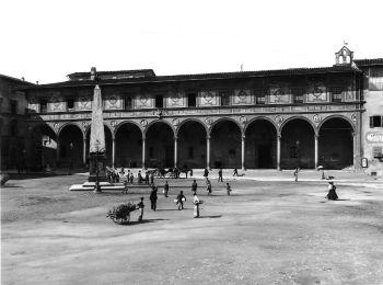 "Ex-cloister ""Leopoldine"" in Piazza Santa Maria Novella, Florence (Alinari)"