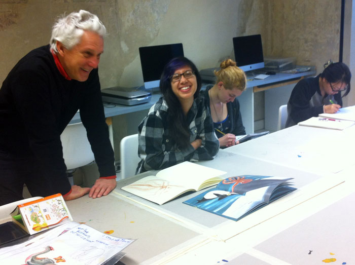 Daniele Nannini visiting the SACI Illustration class