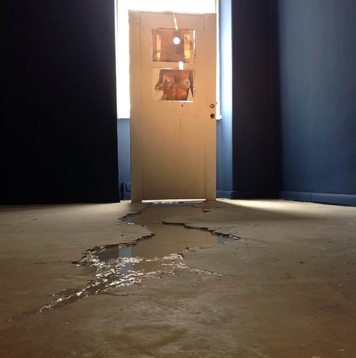Walker Keith Jernigan, Installation view, Passageway, 2014, sculpture, mixed media, 83,5 x 177 cm