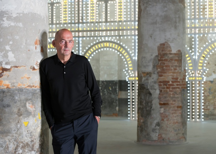 Image credit: Rem Koolhaas in front of Luminaire by OMA in collaboration with Swarovski, (c) Gilbert McCarragher.