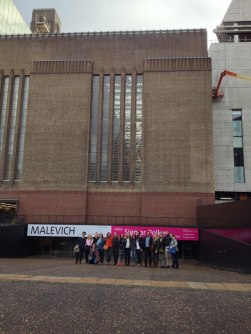 SACI MFA students and instructors in London at the Malevich and Sigmar Polke exhibitions
