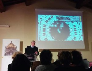 Prof. Maurizio Seracini lecturing at Florence's Baptistery