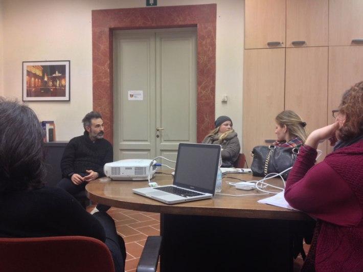 Aleksandar Duravcevic visits with SACI MFA in Studio Art class