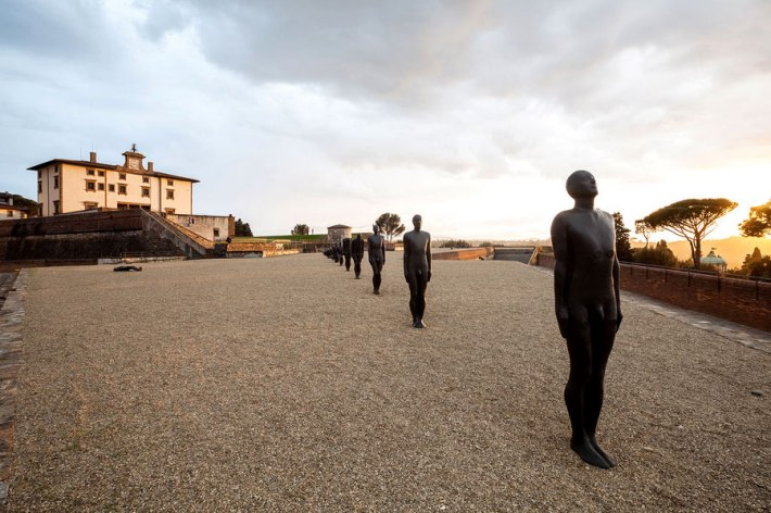 "Antony Gormley, ""HUMAN"" installation at the Forte Belevedere, Florence"