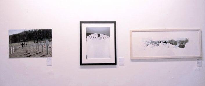 Center: Winning photograph by Hana Sackler