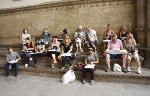 SACI Drawing students in Piazza della Signoria