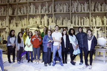SACI sculpture students visiting the carving studios of Carrara