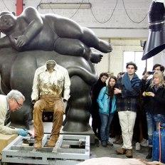 SACI sculpture students with Giuliano Vangi at the Mariani Foundry