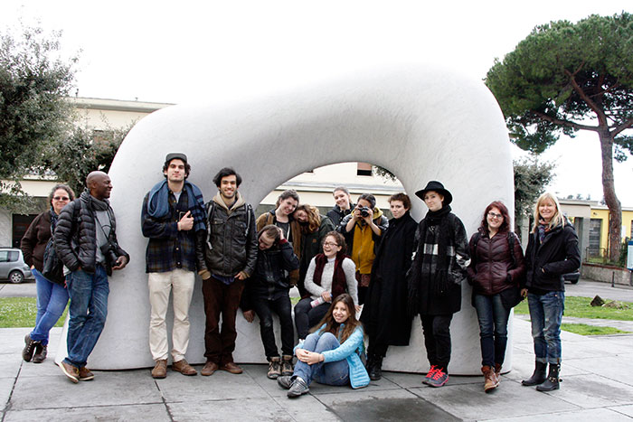 SACI sculpture students in Pietrasanta