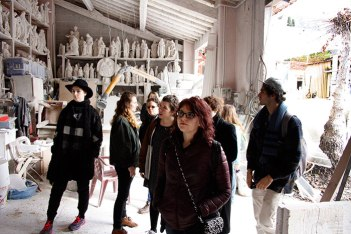 SACI sculpture students in a mosaic studio, Pietrasanta