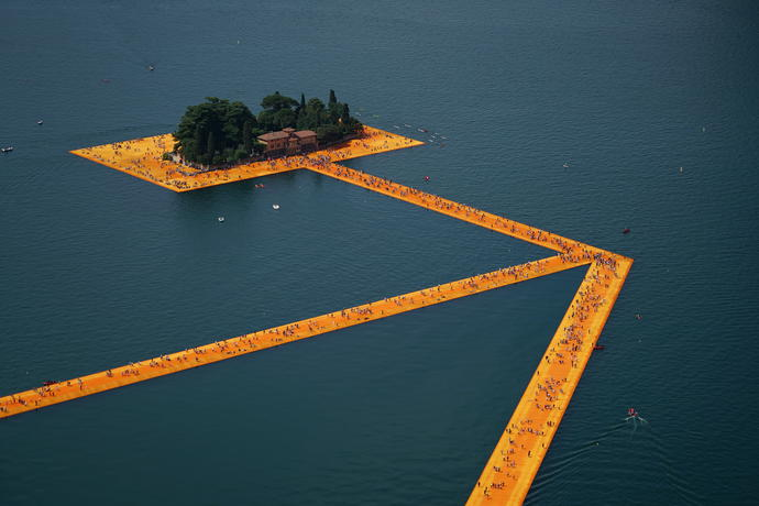 Christo and Jeanne-Claude, The Floating Piers, Lake Iseo, Italy, 2014-16. Photo: Wolfgang Volz © 2016 Christo