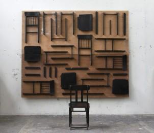 """Boris Viskin """"Silla mirando sus partes (entre Platón y Heidegger)"""", 2011"""