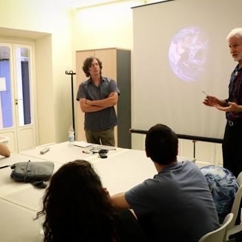 Guest Patrick Hogan presenting at SACI