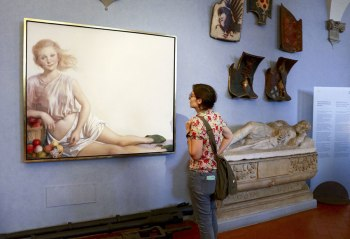 SACI Post-Bac student at John Currin exhibition