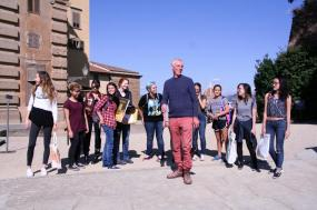 SACI Drawing students with instructor, John Taylor in Boboli Gardens.